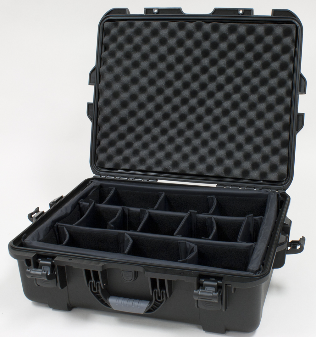 "Gator Cases GU-2217-08-WPDV Black waterproof injection molded case with interior dimensions of 22"" x 17"" x 8.2"". Internal divider system"