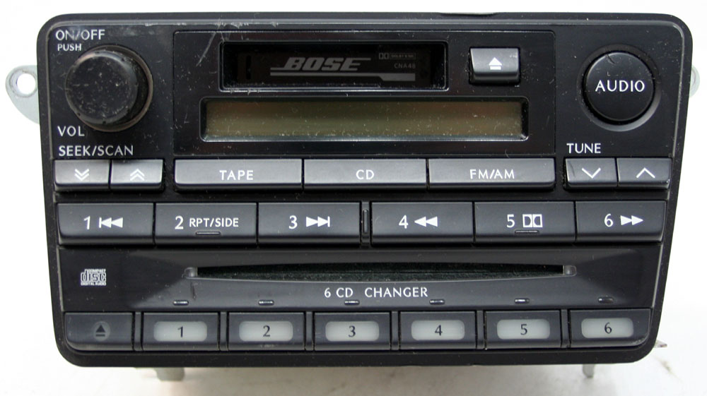 Infiniti QX4 2001 Factory Stereo Bose Tape & 6 Disc Changer CD Player OEM Radio
