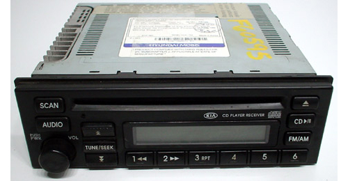 2003-2005 Kia Sedona Factory AM/FM Radio CD Player