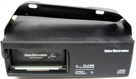 1996-1999 Cadillac Deville Factory Radio 12 Disc CD Player
