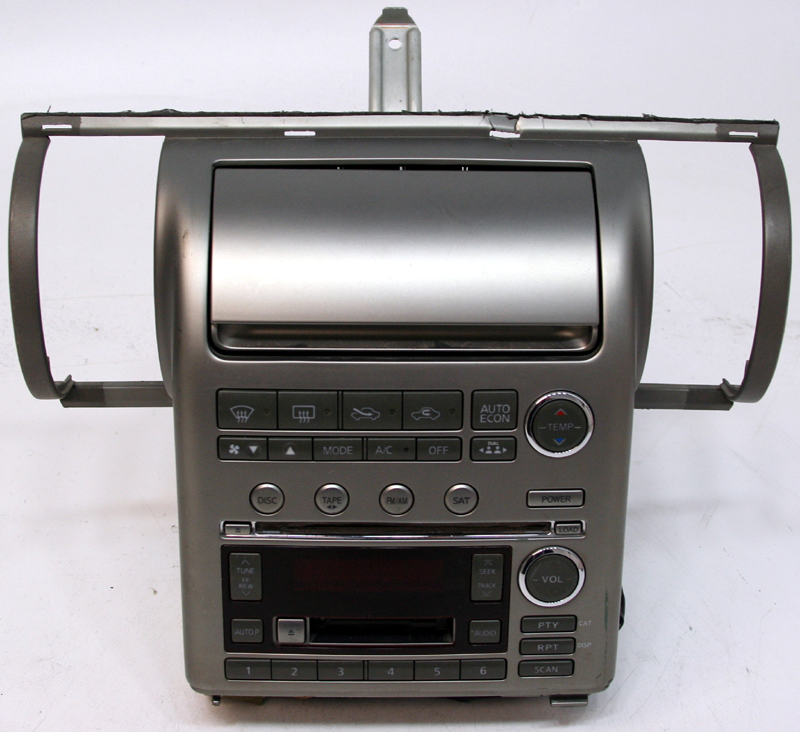 20032004 Infiniti G35 Factory 6 Disc Cd Changer Tape Radio R2049rhhifisoundconnection: Infiniti G35 Factory Radio At Gmaili.net