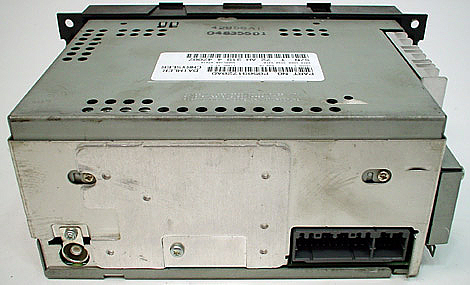 Factory Stereo R 2133 2 detailed image 2 2007 dodge caliber factory am fm 6 disc changer cd radio r 2133 2 2007 dodge caliber wiring harness at suagrazia.org
