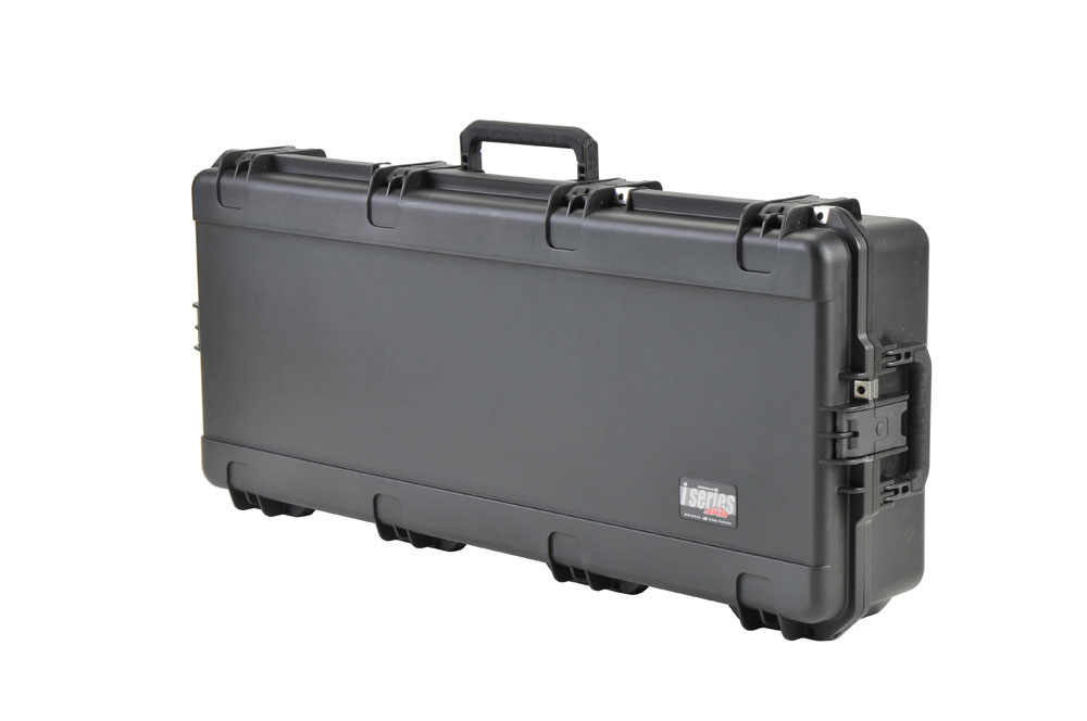 SKB Cases 3i-4217-30 Waterproof Injection Molded Classical Guitar Case with Wheels & TSA Latches (3i421730)